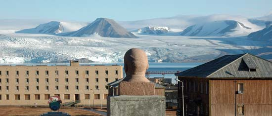 A scene from Pyramiden
